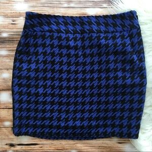 The Limited Houndstooth Mini Skirt with Pockets